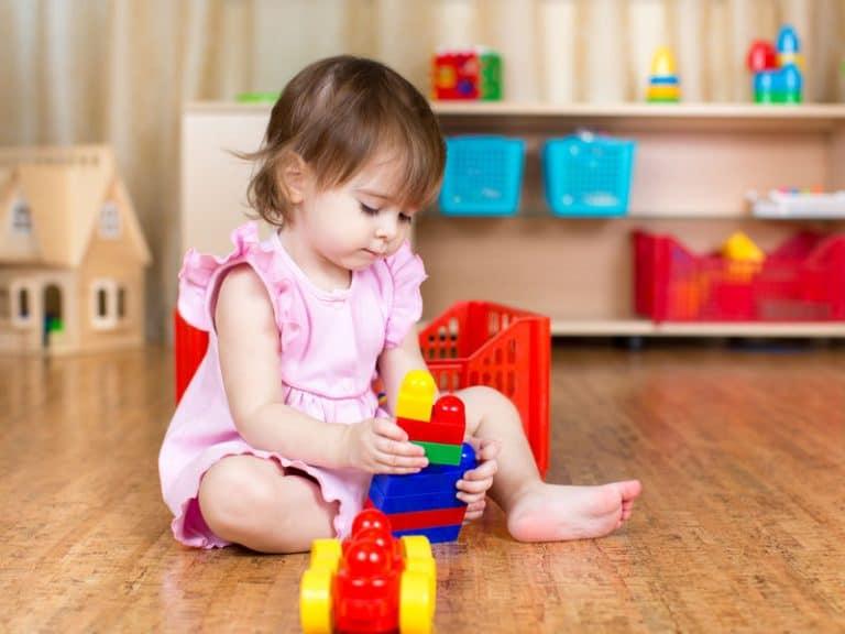 jugando bebe