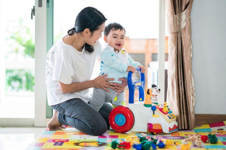 Andador de bebe-coredor de pasillo