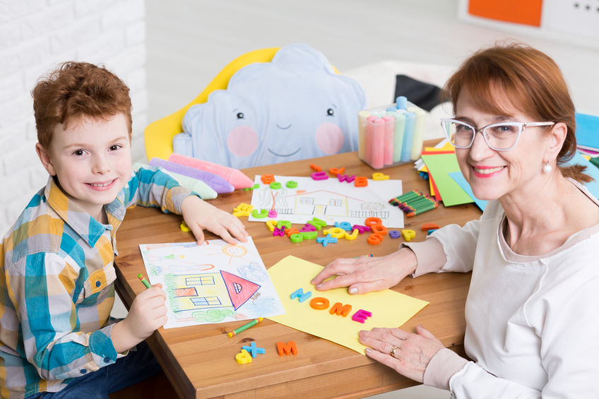 Occupational therapist and kid with adhd