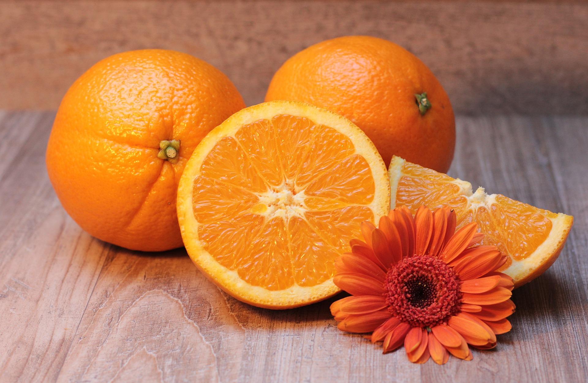 naranja y vitamina
